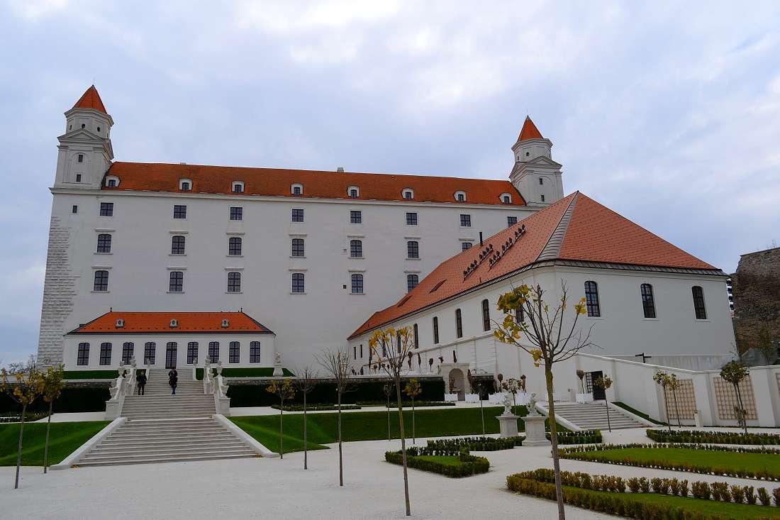 chateau-de-bratislava