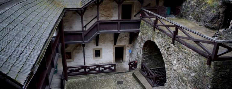 chateau-game-of-thrones