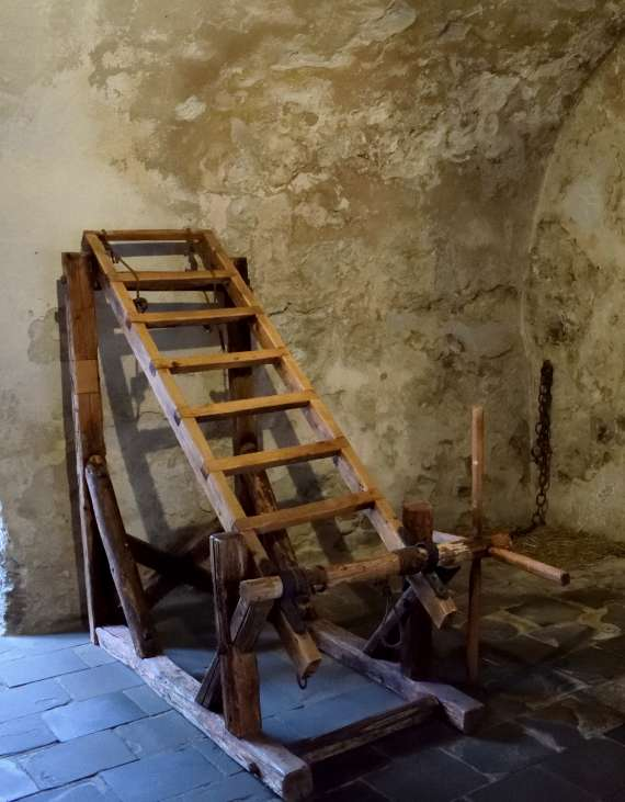 salle-torture-chateau