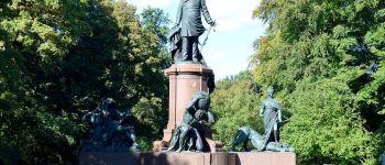 statues-berlin