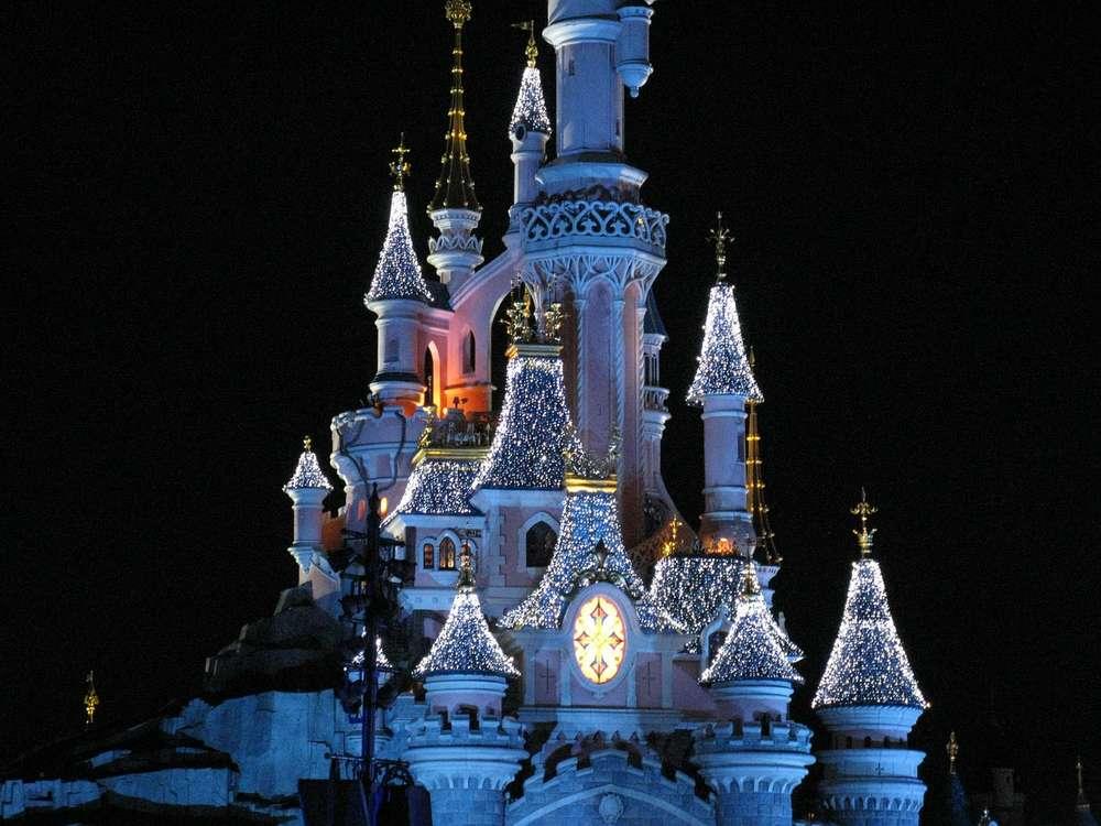 disney dream chateau nuit disneyland paris
