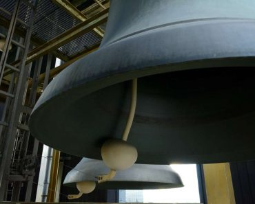 grosse-cloche-carillon-de-berlin