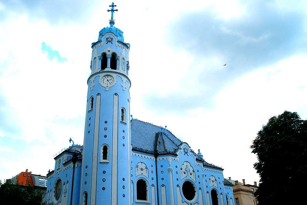 eglise-sainte-elizabeth-bratislava
