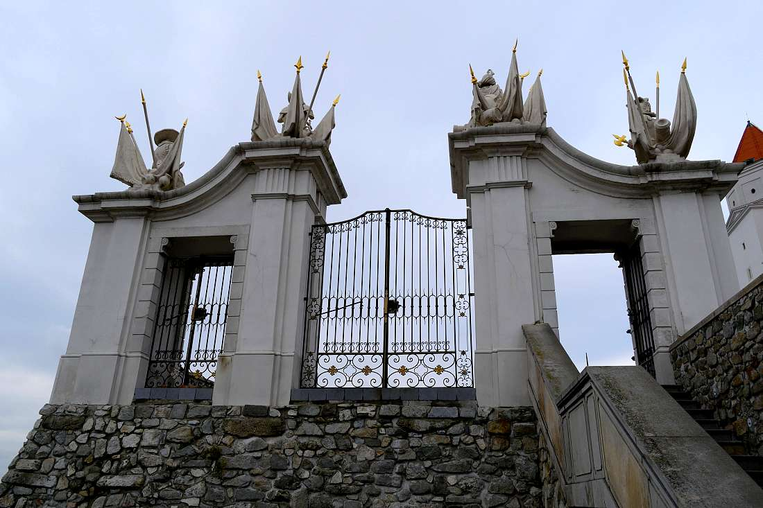 porte-chateau-bratislava
