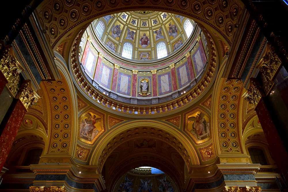 Intérieur basilique Saint Etienne