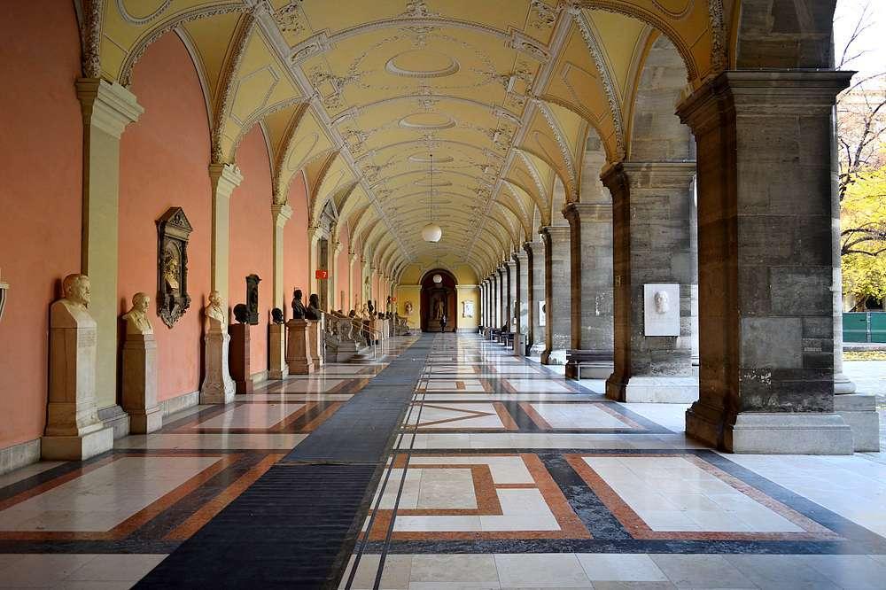 cour extérieure université de Vienne