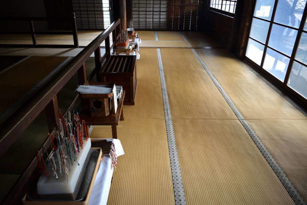 Cérémonie temple bouddhiste