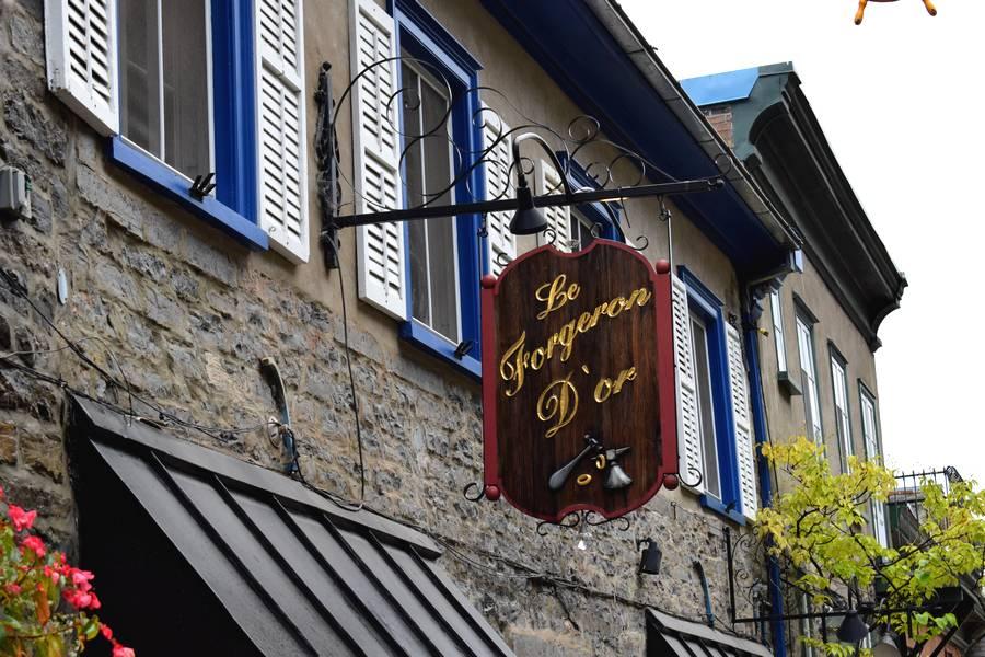 Enseigne Vieux Quebec