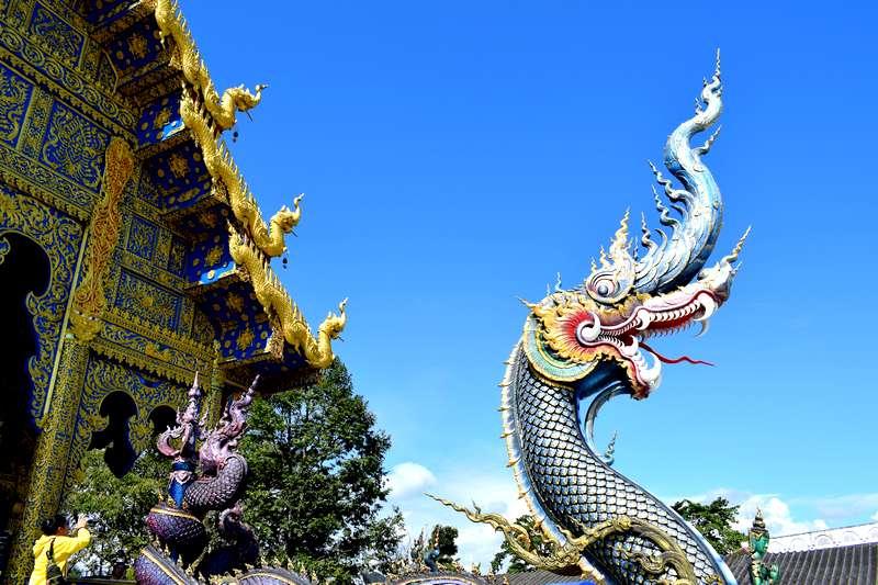 Wat Rong Seua Ten temple bleu
