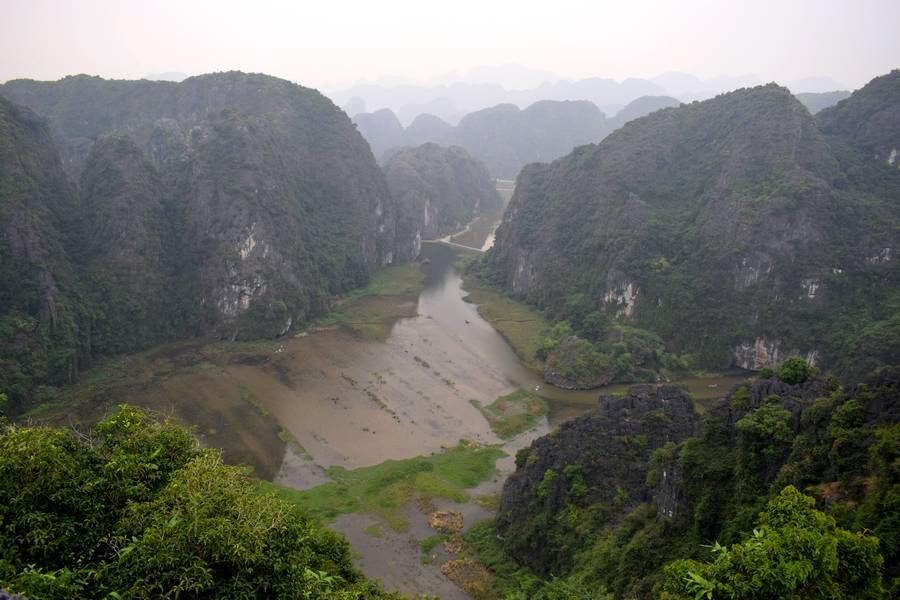 baie halong terresre vietnam