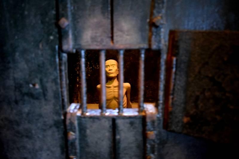 prison hanoi