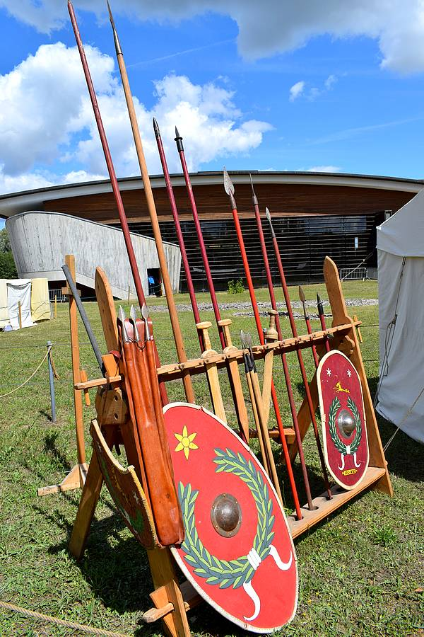 armes romaines