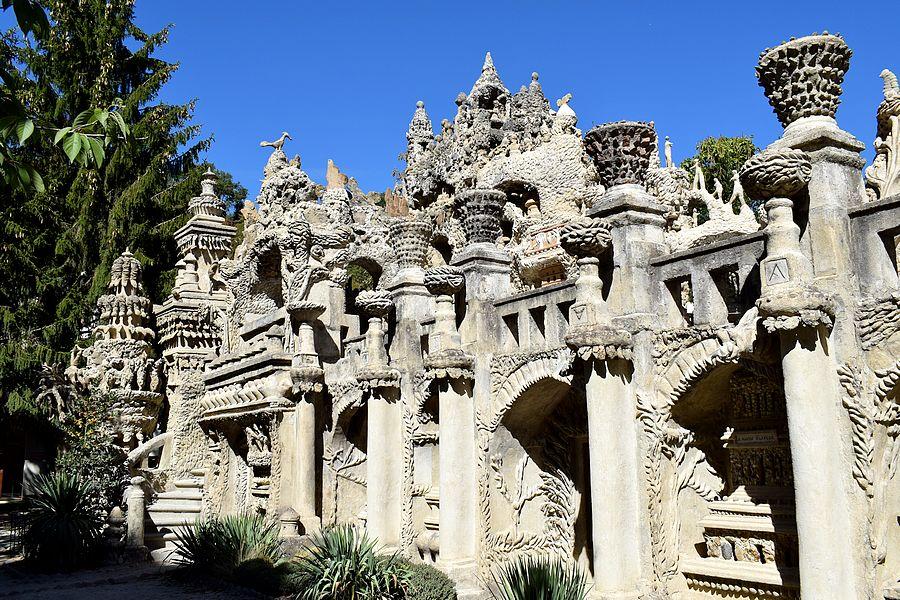 facade ouest palais ideal
