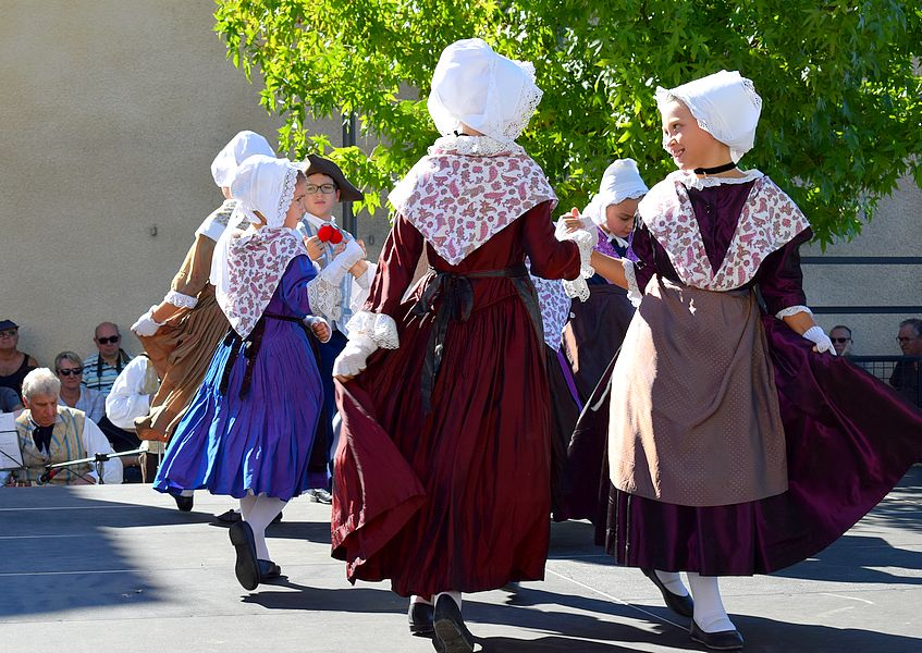 danse traditionnelle dauphine