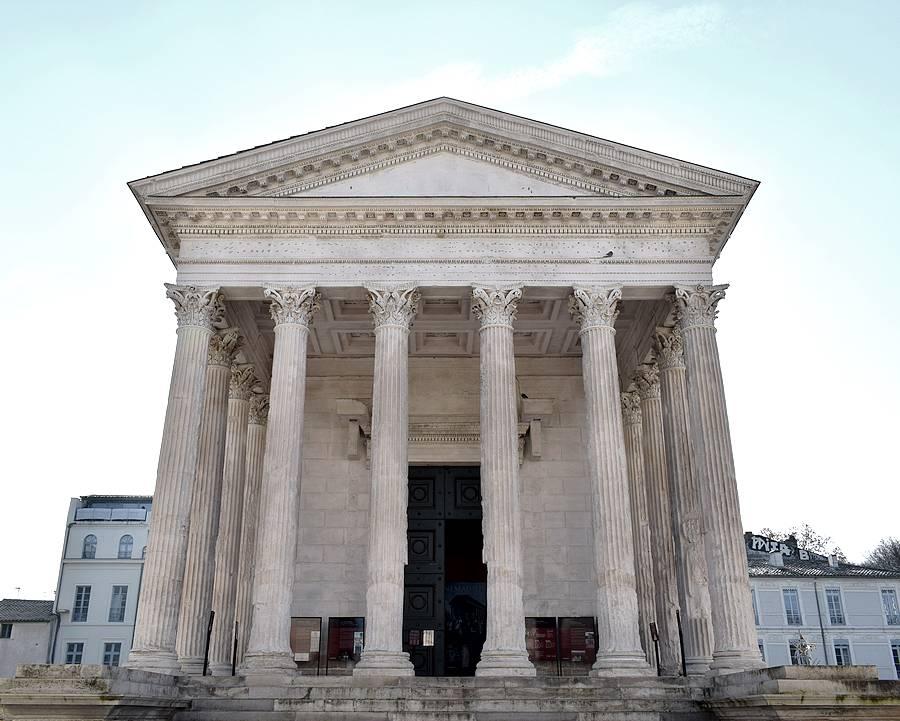 temple romain nimes