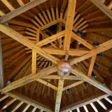 Structure toit tour Moyen-âge