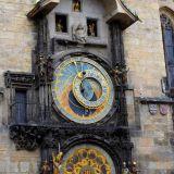 horloge-astronomique-prague-animation
