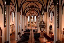 salle-principale-eglise-sainte-nicolas