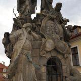 sculpture-pont-charles