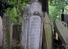 tombe-cimetiere-juif-prague